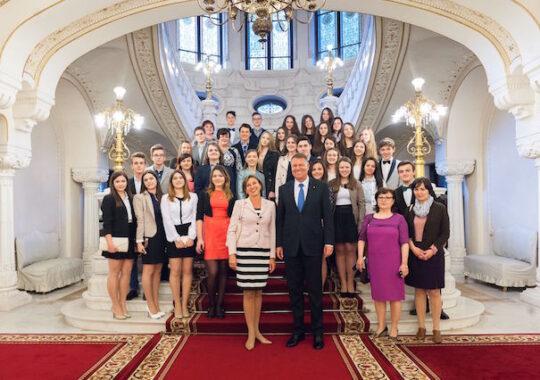Iohannis, dupa vizita elevilor sibieni la Cotroceni: A venit momentul ca tinerii sa se simta reprezentati de actuala clasa politica