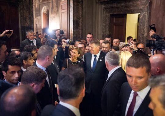 Klaus Iohannis se va intalni cu Papa Francisc, la Vatican