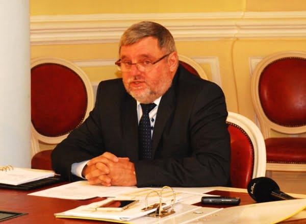 rectorul ULBS Ioan Bondrea
