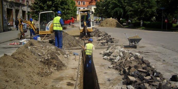 12 persoane trimise in judecata in dosarul de frauda in care e implicata Apa Canal Sibiu