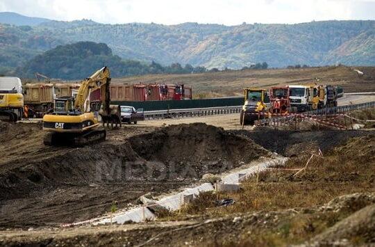 Au inceput lucrarile pe autostrada demolata. Ministerul a anuntat noul termen de finalizare