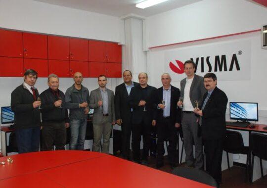 Facultatea de Inginerie a incheiat un nou parteneriat cu mediul de afaceri sibian. Visma Softwere a investit 18.000 euro in dotarea unui laborator