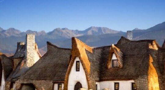 Castelul din basme construit in judetul Sibiu