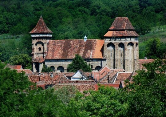Cum ne distrugem istoria: monumente din judetul Sibiu, aflate in patrimoniul UNESCO, lasate in paragina