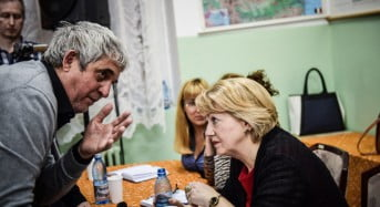 Astrid Fodor se intoarce in cartiere sa dicute cu sibienii strategia de dezvoltare