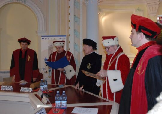 Un reputat prof. economist roman, Doctor Honoris Causa al Univestitaiii' Lucian Blaga' din Sibiu