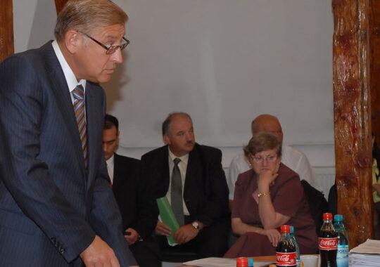 Iohannis i-a trimis fiul unui fost inamic, ambasador in Danemarca