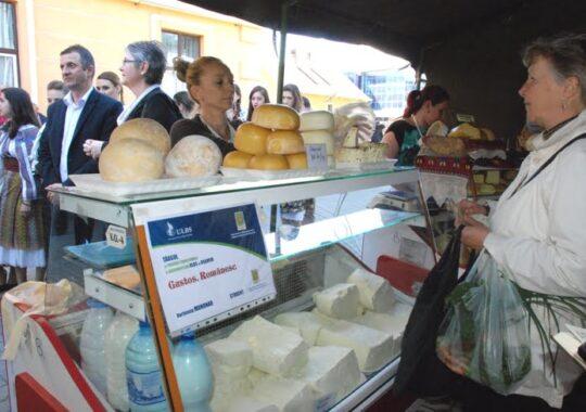 """Gustos. Romanesc"" se muta in Shopping City Sibiu. Trei zile cu produse traditionale gustoase si sanatoase"