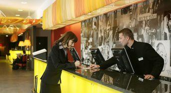 Sfaturile unui receptioner: Cum se obtine o camera buna la hotel