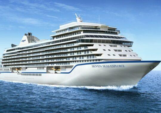S-a lansat cel mai luxos vas de croaziera din lume: Cum arata, ce primesti si cati romani isi permit o noapte la bord!