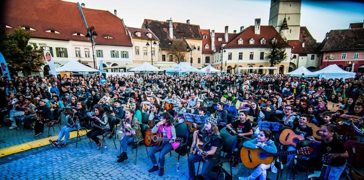 Eveniment unic in tara, in Piata Mica din Sibiu. Daca iti place muzica, nu trebuie sa-l ratezi!