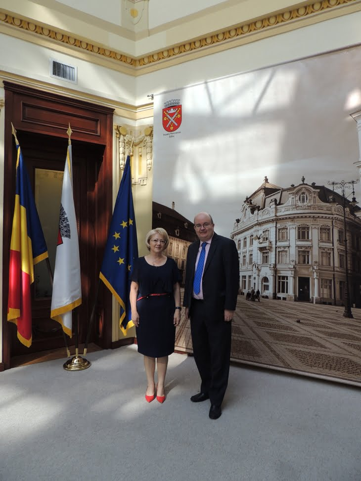 astrid fodor si ambasadorul UK Paul Brummell