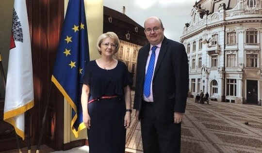 Ambasadorul Marii Britanii, in vizita la Primaria Sibiu. Ce i-a cerut Astrid Fodor!