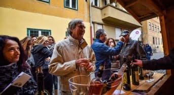 Sibienii, mari consumatori de vin. Vinfest si-a epuizat stocurile dupa prima zi
