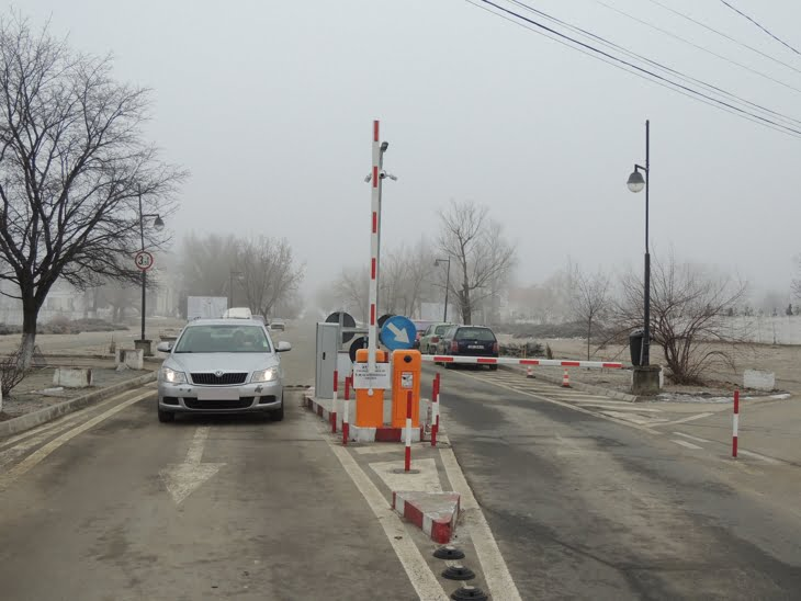 Intrarea cu masina in Cimitirul Municipal Sibiu este gratuita. Iesirea, 3 lei!