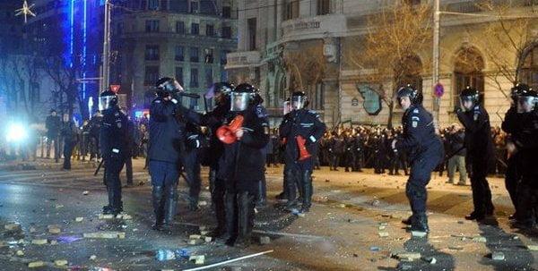proteste-piata-universitatii