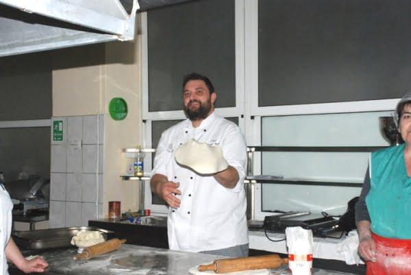 chef manuel betto pecori face pizza