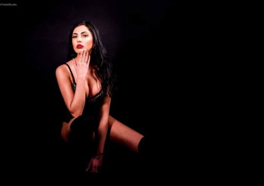 FOTO – O sibianca, studenta la jurnalism, va reprezenta Romania la Miss Europe World 2018